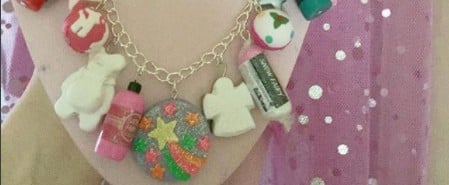 People Are Creating Lush Bath Bomb Charm Bracelets, and It's the Cutest Damn Thing