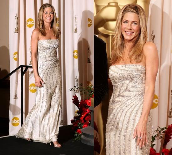 Oscars Red Carpet: Jennifer Aniston