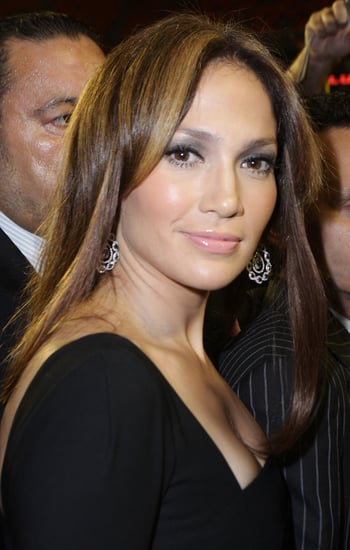 "Audio of Jennifer Lopez's ""Fresh Out of the Oven"""