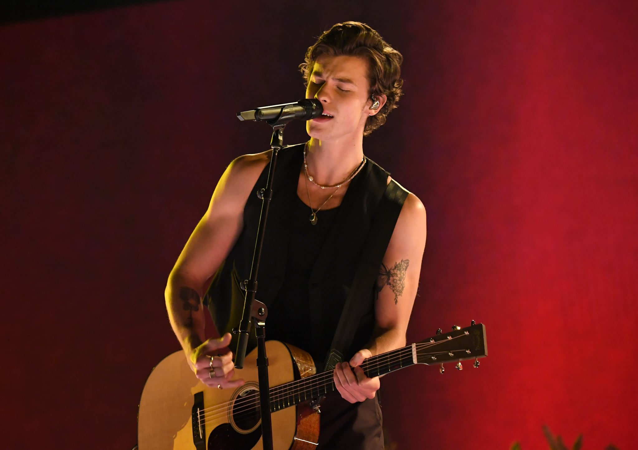 LOS ANGELES, CALIFORNIA - NOVEMBER 24: Shawn Mendes performs onstage during the 2019 American Music Awards at Microsoft Theater on November 24, 2019 in Los Angeles, California. (Photo by Jeff Kravitz/AMA2019/FilmMagic for dcp)
