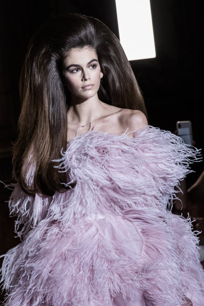 0b8eda34ec Kaia Gerber's Hair at Valentino Paris Couture Fashion Week ...