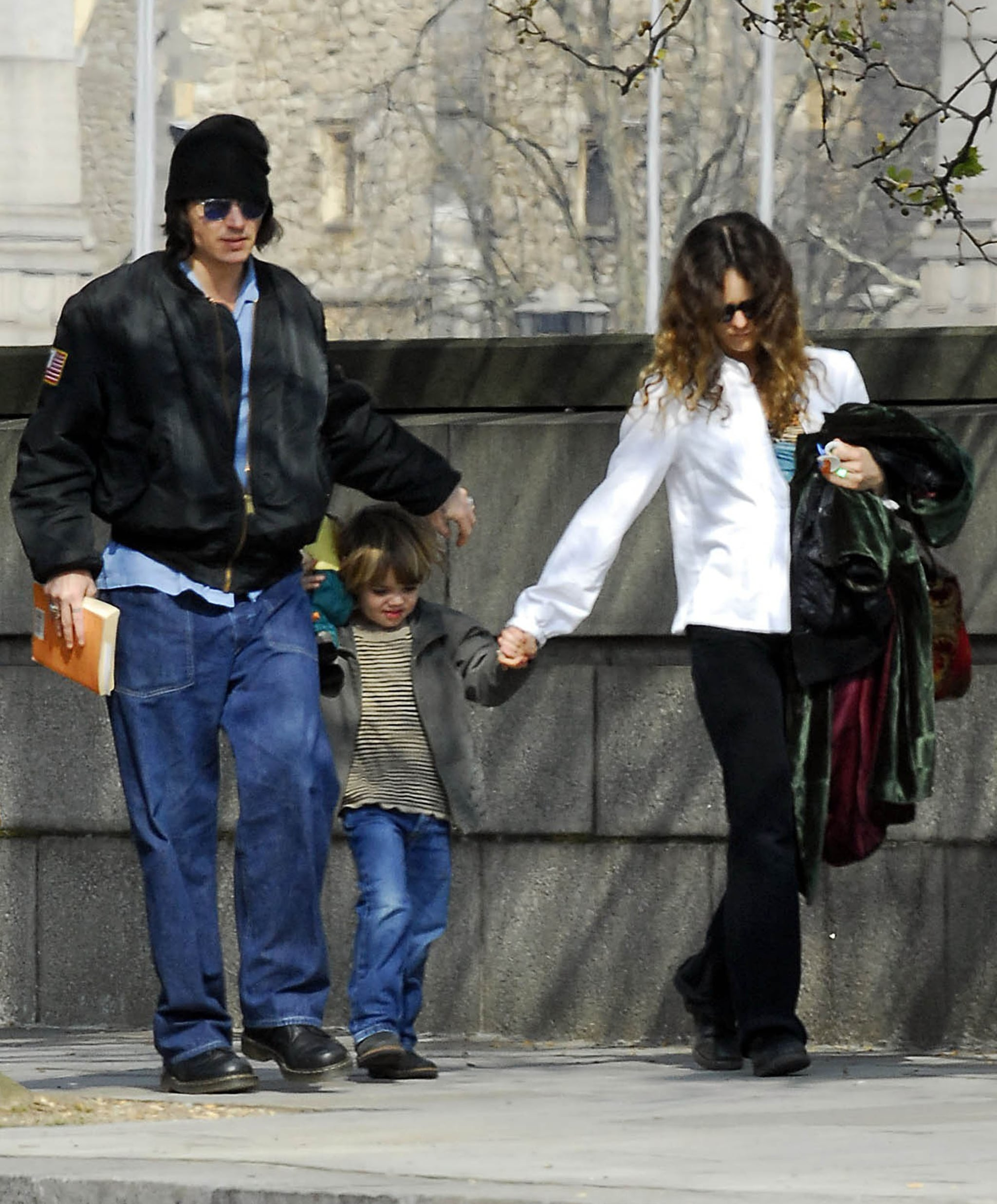 Johnny Depp and Vanessa Paradis walked in London with son ...