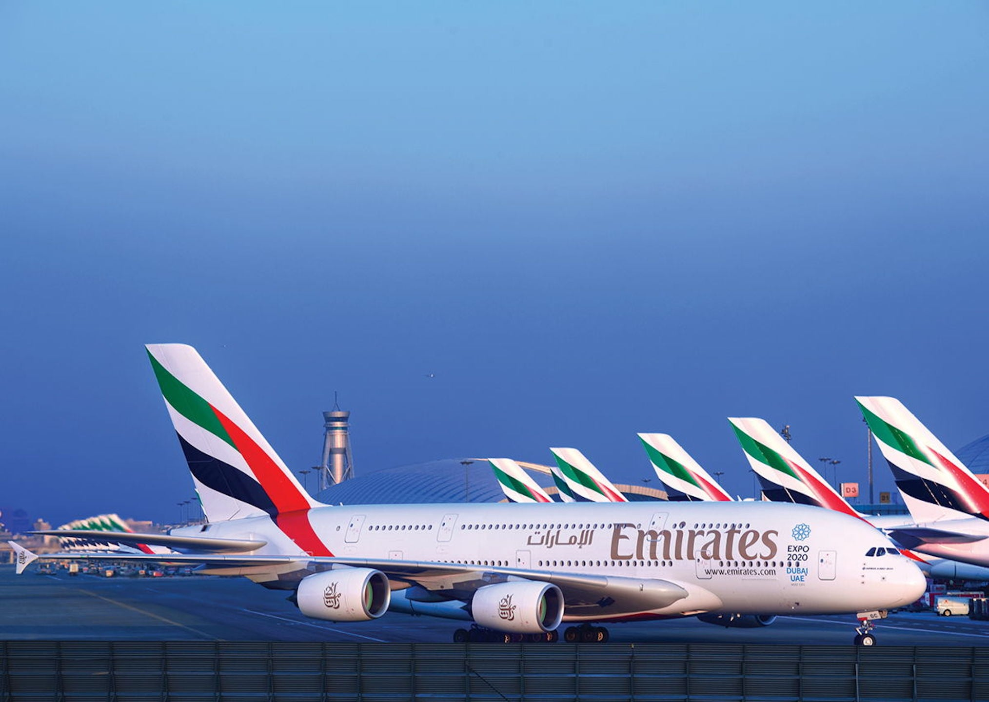 Emirates purchases a380 popsugar middle east love - Emirates airlines paris office ...