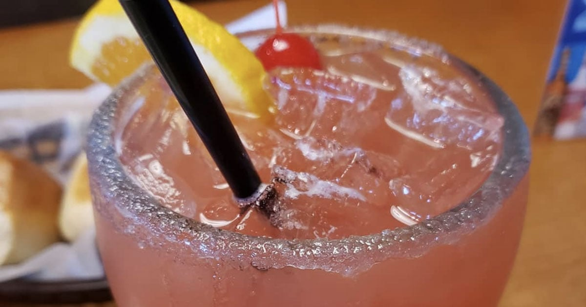 Texas Roadhouse Shared the Recipe For Its Hurricane Margarita, and Happy Hour Starts Now