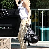 Gwen Stefani sported high black heels.