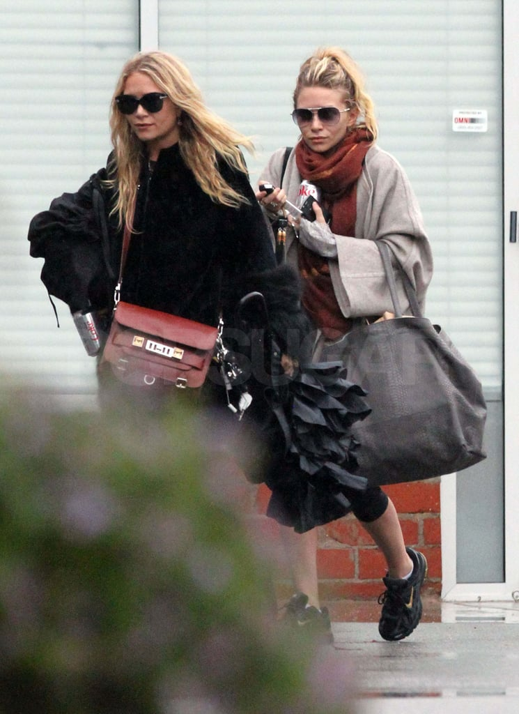 Pictures of Mary-Kate and Ashley Olsen Out in LA
