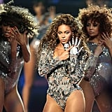 "Wearing a sexy silver bodysuit and a metallic Lorraine Schwartz glove while performing ""Single Ladies"" during MTV's 2009 Video Music Awards."