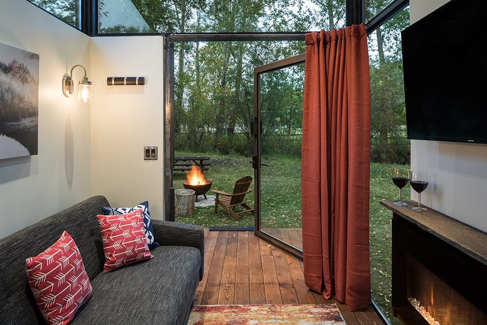 This Tiny House Fits in Your Backyard and Is the Solution to All Your Visiting-In-Laws Woes