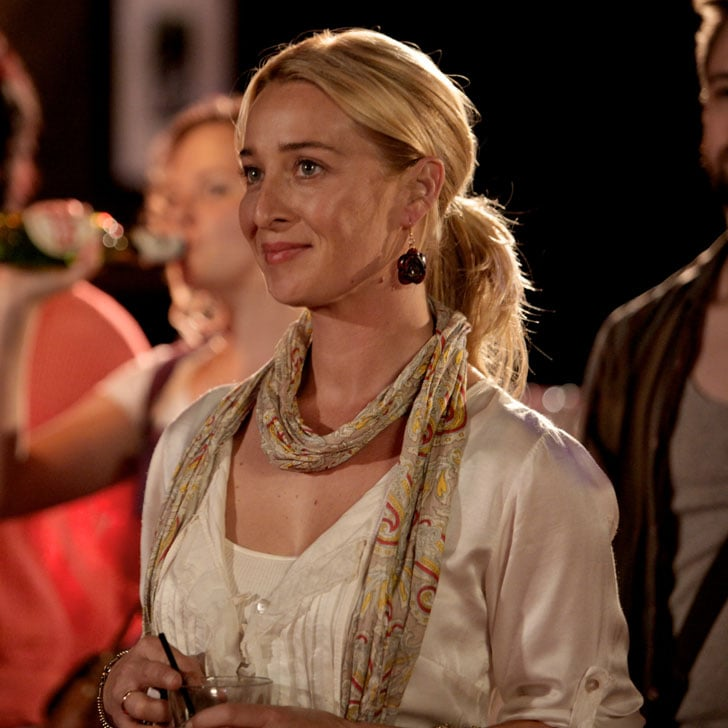 Nina Proudman from Offspring Outfits Pictures and Season 5