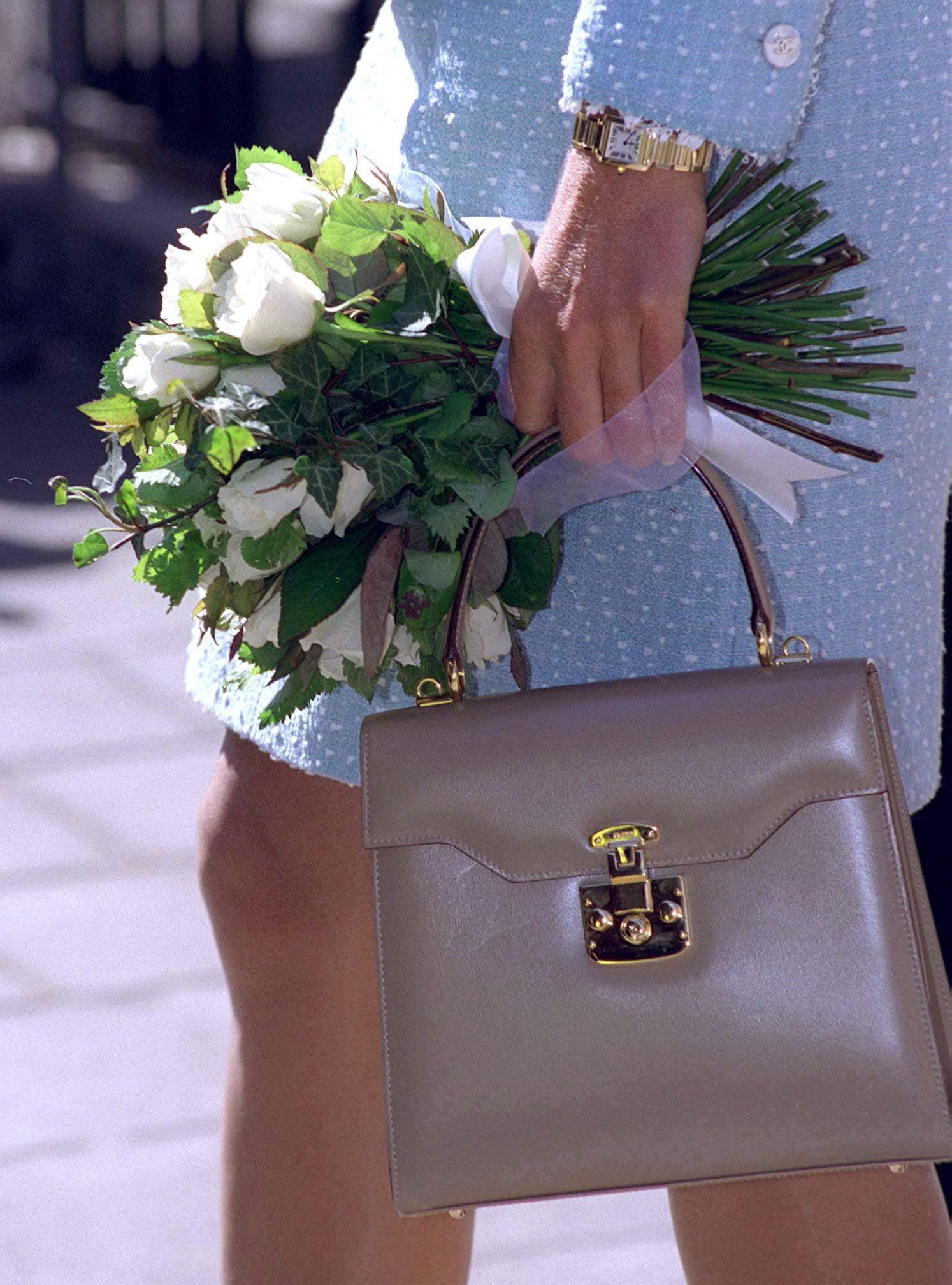 12+ Meghan Markle Wearing Diana's Watch