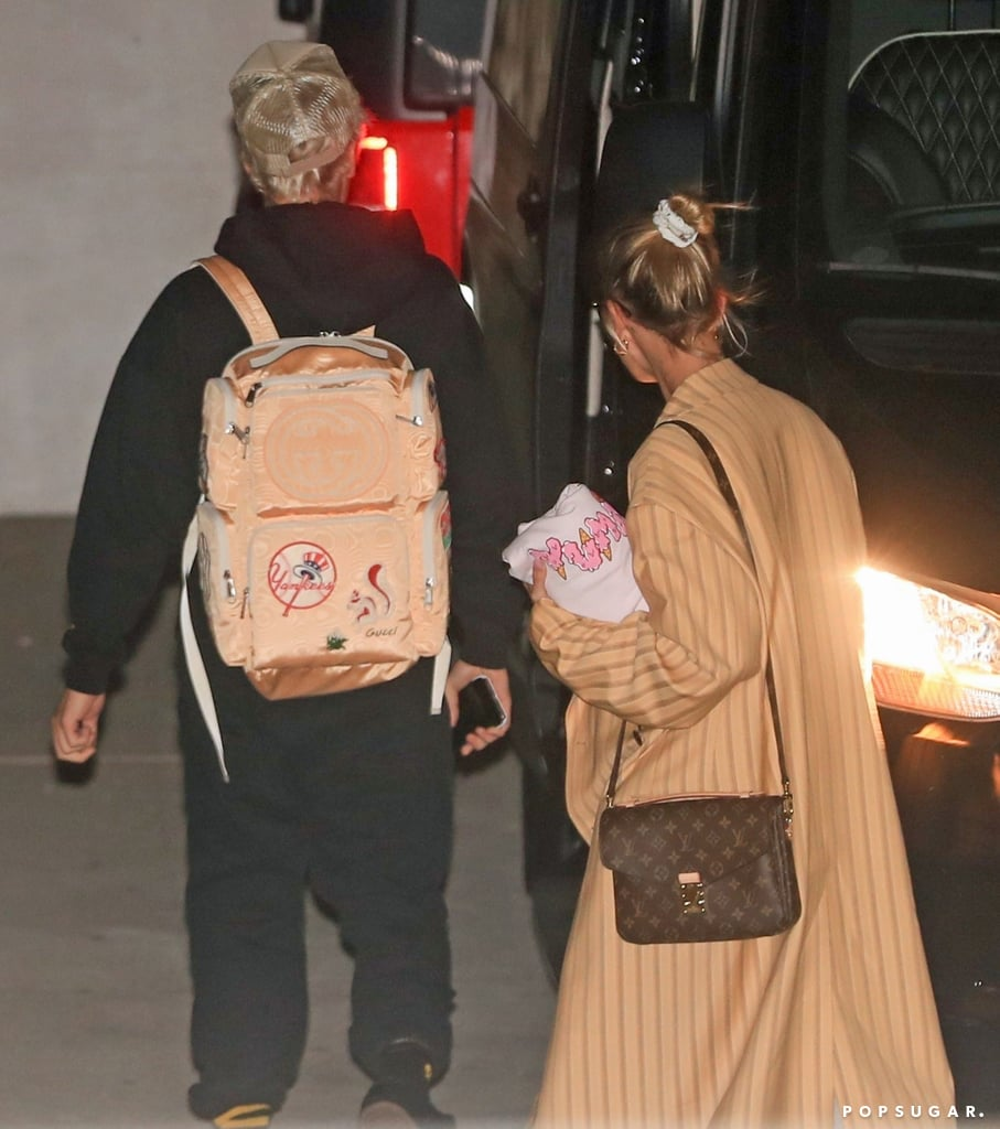 foto de Hailey Baldwin's Oversized Striped Coat With Justin Bieber ...