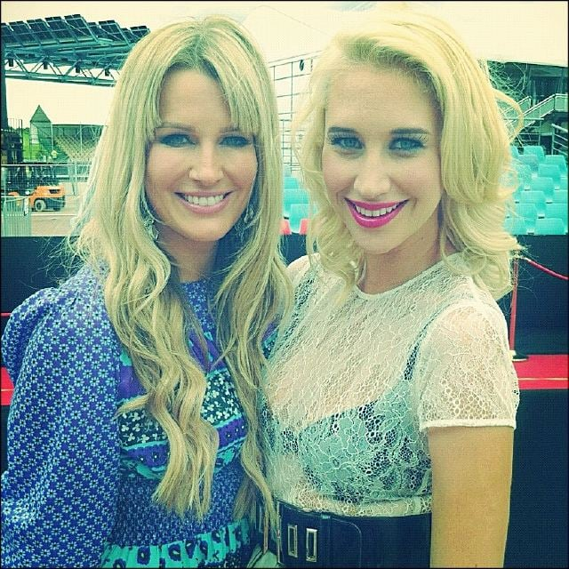 Kylie Speer and Maude Garrett pose for a picture on the red carpet. Twitter User: KylieSpeer