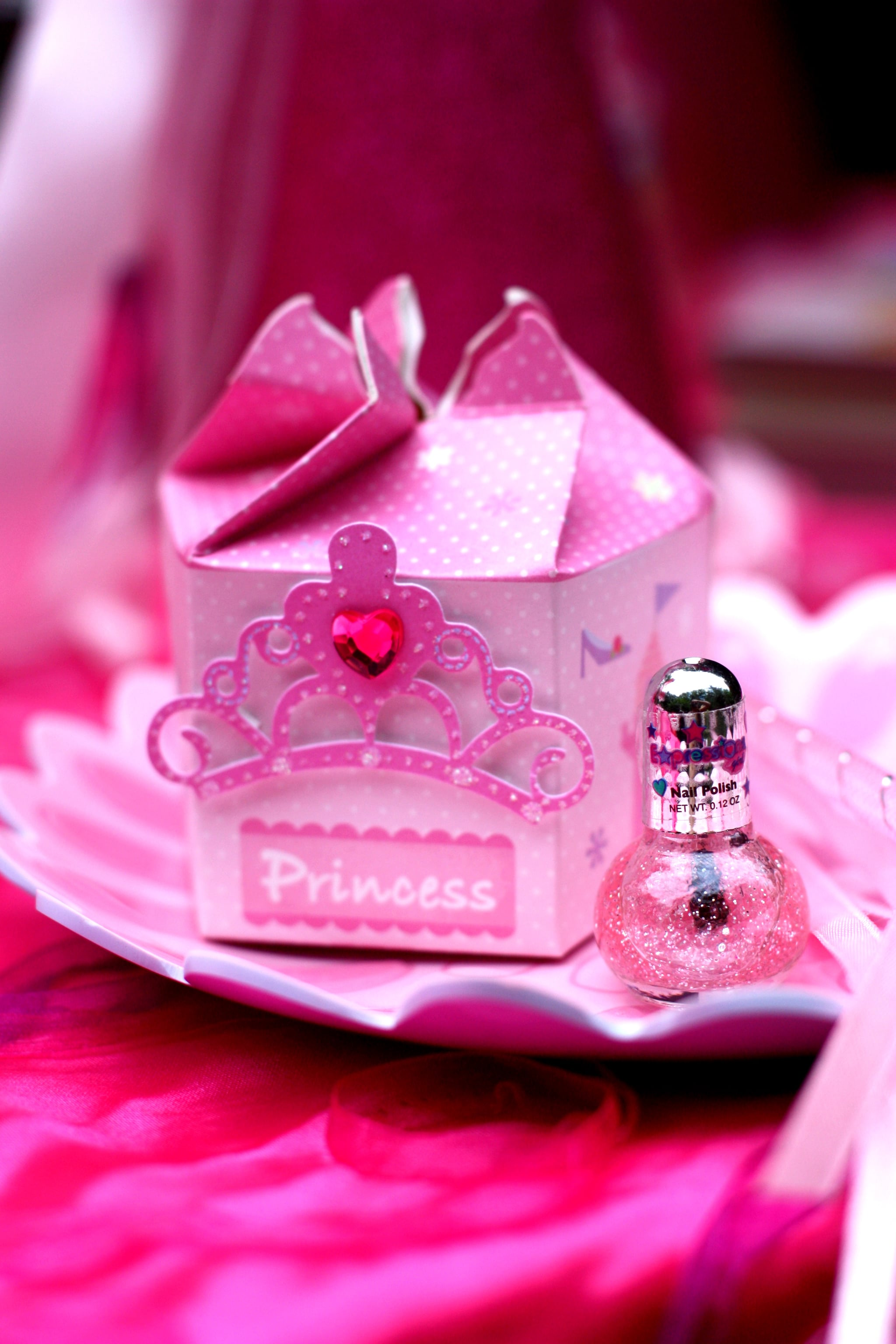 Pink Princess Birthday Party | 120 Kids\' Birthday Party Themes to ...