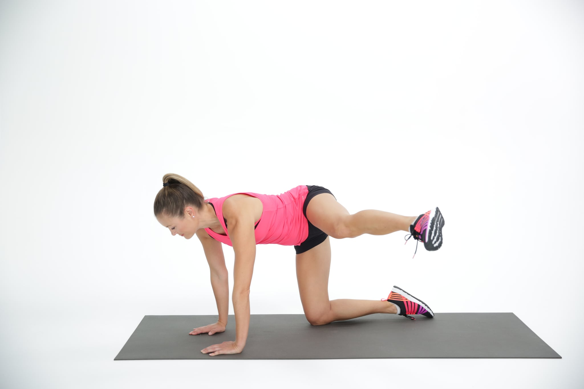 This Old-School Butt Exercise Will Help You Build Your Curves