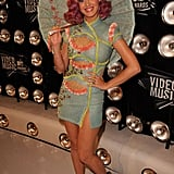 Katy Perry carried a parasol on the red carpet.
