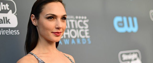 Let These Critics' Choice Awards Beauty Looks Inspire You